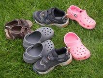 Zapatos abandonados Imágenes de archivo libres de regalías