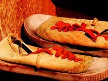Zapatos anaranjados Imagen de archivo libre de regalías