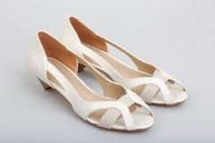 Zapatos blancos Foto de archivo