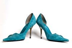 Zapatos ciánicos de las mujeres Imágenes de archivo libres de regalías