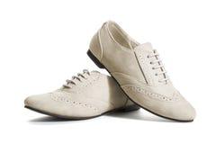 Zapatos clásicos beige de las mujeres Foto de archivo