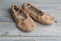 Zapatos de ballet fotografía de archivo libre de regalías
