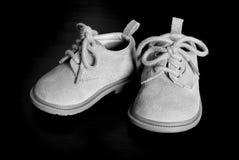 Zapatos de bebé Imágenes de archivo libres de regalías