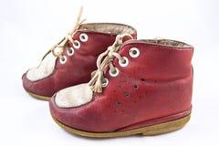 Zapatos de bebé viejos Fotos de archivo