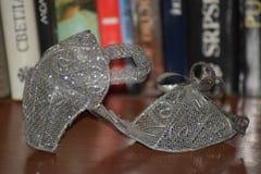 Zapatos de Cenicienta - decoración del sitio foto de archivo libre de regalías