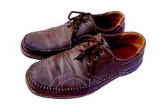 Zapatos de cuero del mens de Brown imagen de archivo