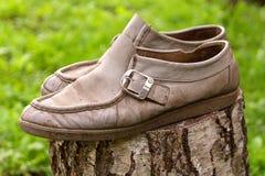 Zapatos de cuero del viejo vintage Foto de archivo libre de regalías