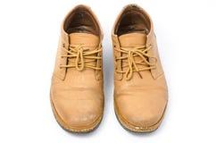 Zapatos de cuero viejos Imágenes de archivo libres de regalías