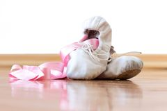 Zapatos de la bailarina foto de archivo