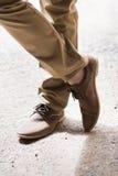 Zapatos de la boda del novio Imágenes de archivo libres de regalías