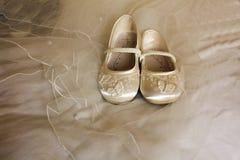 Zapatos de la dama de honor Fotografía de archivo libre de regalías