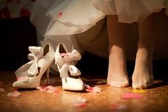 Zapatos de la novia Foto de archivo libre de regalías