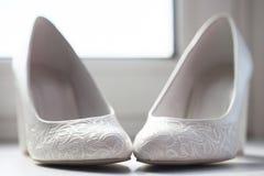 Zapatos de la novia Imagenes de archivo