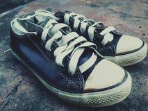 Zapatos de la zapatilla de deporte Fotografía de archivo libre de regalías