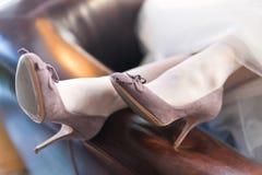 Zapatos de las novias Imagenes de archivo