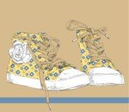 Zapatos de las zapatillas de deporte del dibujo de la mano. Fotos de archivo