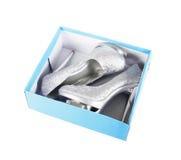 Zapatos de plata del brillo en rectángulo de la turquesa Fotografía de archivo libre de regalías