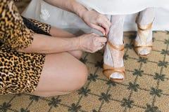 Zapatos de vestir para la novia Imagen de archivo libre de regalías