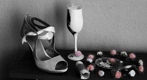 Zapatos del arte de la boda Foto de archivo libre de regalías