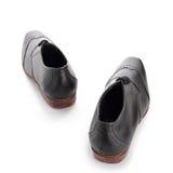 Zapatos del hombre de negocios que caminan en blanco Fotografía de archivo libre de regalías
