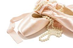 zapatos del pointe del ballet fotografía de archivo