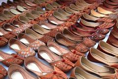 Zapatos del punjabi de la boda Imágenes de archivo libres de regalías