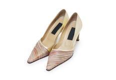 Zapatos del tacón alto de Biege en blanco Imagenes de archivo