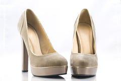 Zapatos del tacón alto de Brown Imagen de archivo libre de regalías