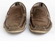 Zapatos desgastados viejos Imágenes de archivo libres de regalías