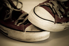 Zapatos desgastados viejos Foto de archivo libre de regalías