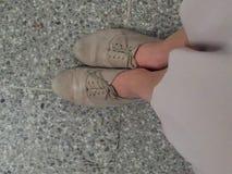 zapatos en la plataforma Imagenes de archivo