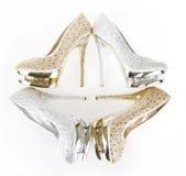 Zapatos encrusted cristales foto de archivo libre de regalías