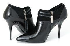 Zapatos femeninos imagenes de archivo
