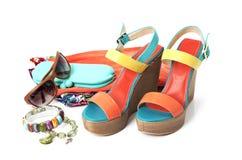 Zapatos femeninos en blanco Imagen de archivo libre de regalías