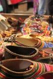Zapatos indios tradicionales para la mujer Imagen de archivo