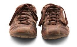 Zapatos marrones viejos imagen de archivo