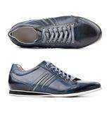 Zapatos masculinos sobre blanco Fotografía de archivo libre de regalías