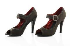Zapatos modernos de las mujeres del tacón alto Fotografía de archivo libre de regalías