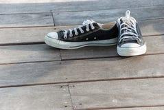Zapatos negros del deporte Fotografía de archivo libre de regalías