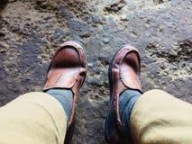 Zapatos rojo marrón Fotos de archivo