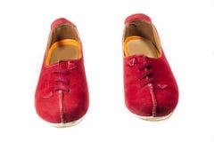 Zapatos rojos brillantes fotografía de archivo libre de regalías