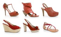Zapatos rojos femeninos Fotos de archivo libres de regalías