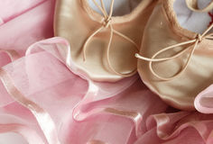 Zapatos rosados de Tulle y del ballett Foto de archivo