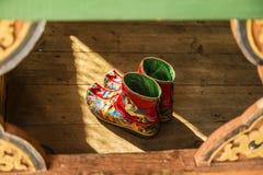 Zapatos tradicionales Bhután foto de archivo