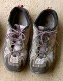 Zapatos usados del deporte Fotos de archivo libres de regalías