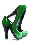 Zapatos verdes de los altos talones Foto de archivo