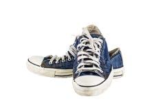 Zapatos viejos aislados en el fondo blanco fotos de archivo libres de regalías
