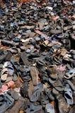 Zapatos viejos en la India Imagenes de archivo