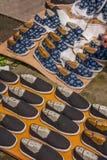 Zapatos viejos hechos a mano de la puerta del este de Zhejiang Jiaxing Wuzhen Fotografía de archivo