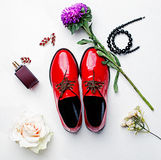 Zapatos y accesorios de las mujeres Fotografía de archivo libre de regalías